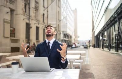 Cum să faci față clienților dificili